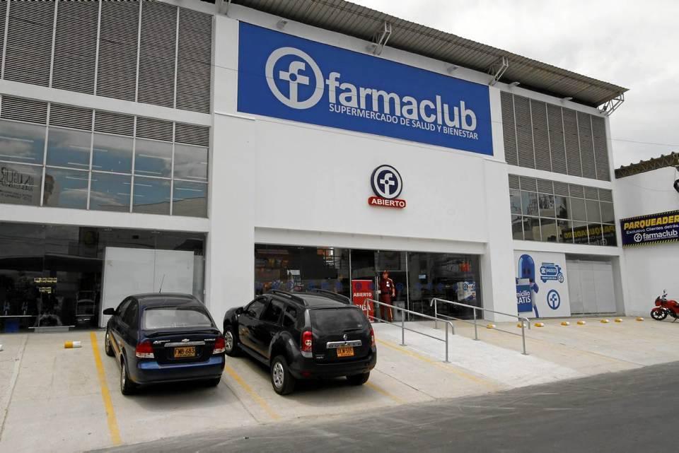 El formato de espacio de mínimo 450 metros convierte a este supermercado de la salud en Cañaveral Panamericano es el más grande del área metropolitana. Allí hay atención de 7:30 a.m. a 10 p.m. y servicio de domicilio sin costo alguno.