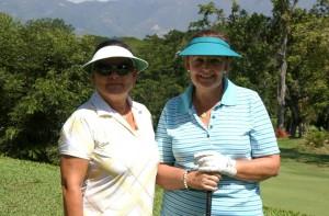 Belén Vásquez y María Fernanda Castro de Pinto.