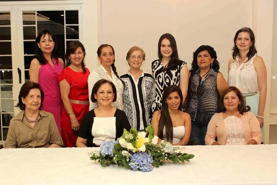 , Luisa Esperanza Moya, Janeth Caselles, Janeth Rueda Carreño, Diana ...: http://www.gentedecanaveral.com/2013/09/despedida-de-soletera/