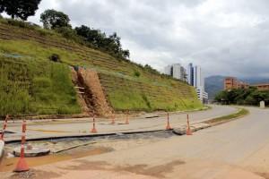 Según la Directora del AMB, en esta primera fase se están realizando los retoques de las zonas peatonales y el separador. / Mauricio Betancourt /GENTE DE CAÑAVERAL