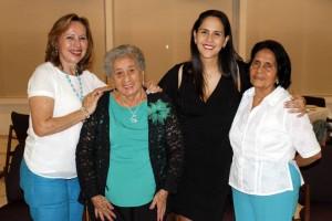 Nelson Díaz / GENTE DE CAÑAVERALLeonor Lozada de Acuña, Amanda de Lozada, Claudia Milena Herrera, Leonor de Herrera.