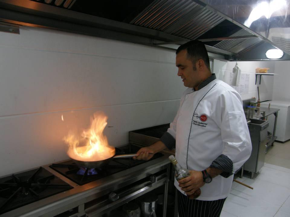 Para ser cada día mejor, Fabio ha viajado por varios países latinoamericanos para aprender de las raíces culinarias de cada región