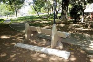 Este es el estado de las sillas del parque La Pera de Cañaveral. - Mauricio Betancourt /GENTE DE CAÑAVERAL