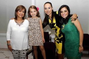 Mauruxio Betancourt /GENTE DE CAÑAVERALAmanda Arévalo, Ana Sofía Numa, María Gabriela Ruiz, Randy Ruiz.