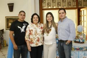César Flórez /GENTE DE CAÑAVERALDaniel González, Yaneth Herrera, Carolina Aragón y Camilo González.