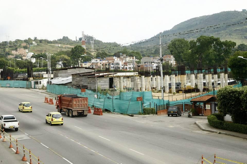 El gobierno Nacional destinó dinero para la finalización del portal de Metrolínea, Papi Quiero Piña