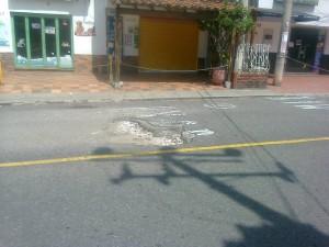 Los habitantes se quejan por los daños en la vía.  - Imagen Suministrada/GENTE DE CAÑAVERAL