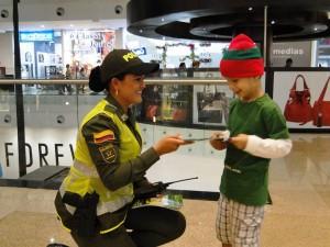 Una de las recomendaciones de la Policía es no perder de vista a sus hijos el lugares públicos.  - Imagen suministrada /GENTE DE CAÑAVERAL