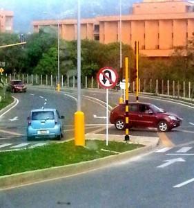 Algunos condutores abusan del poco flujo de carros y circulan en contravía.  - Imagen Suministrada/GENTE DE CAÑAVERAL