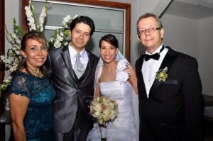 Gloria Amparo Cruz, Michael Sneider Puentes y Nicole Pauline Ewest, Claude Ewest. - Didier Niño/GENTE DE CAÑAVERAL