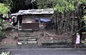 Hasta una vivienda en concreto y ladrillo fue construida en este sector.  - L.H. /GENTE DE CAÑAVERAL