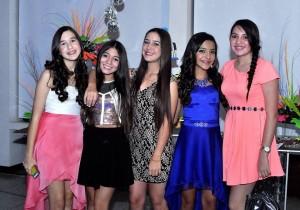 Ángela Sanmiguel, Sofía Mantilla, Gabriela Londoño, María Alejandra Mendoza y Camila Martínez.  - Laura Herrera /GENTE DE CAÑAVERAL