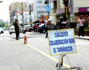 Los habitantes y comerciantes se quejan por la ausencia de las autoridades, solo un particular mitigó su problema.  - Suministrada/GENTE DE CAÑAVERAL