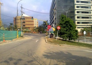 Este es el puesto a donde llegan los obreros a comprar y arrojan los residuos a la calle.  - Suministrada/GENTE DE CAÑAVERAL