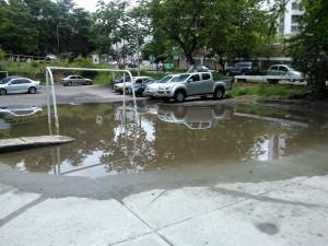 Así quedó la cancha del parque La Pera después del aguacero del fin de semana.  - Suministrada /GENTE DE CAÑAVERAÑ