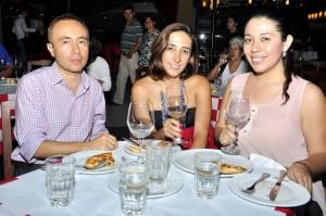 Jorge Vanegas, Jenny Reyes y Carolina Peña.  - Laura Herrera/GENTE DE CAÑAVERAL