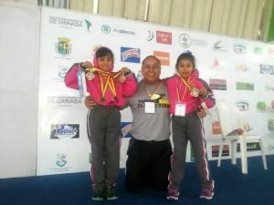 Estas son las pequeñas ganadoras de las medallas.  - Suministrada/GENTE DE CAÑAVERAL