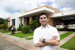 Mauricio es administrador de empresas y le encanta vender y comprar inmuebles.  - Suministrada/GENTE DE CAÑAVERAL