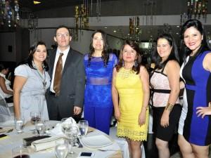 Liliana Ardila, Juan Rueda, Graciela Morantes, Patricia Ardila, Olga Lucia Duarte y Carolina Poveda.