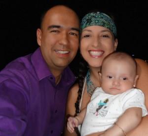 Diego Fabián Parra, comparte su vida con su esposa y su pequeña de 5 meses. Suministrada/GENTE DE CAÑAVERAL