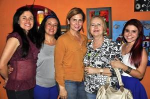 Amparo Herrera, Jenny Celis, Diana Serrano, Claudia Teresa de Serrano y Marcela Serrano.  - Laura Herrera/GENTE DE CAÑAVERAL
