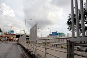 Estas son las barandas que han sido instaladas en la estación de La Rosita.  - Javier Gutiérrez / GENTE DE CAÑAVERAL