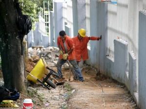 Hace algunas semanas comenzó el arreglo de los andenes de El Bosque.  - Jaime Del Río / GENTE DE CAÑAVERAL