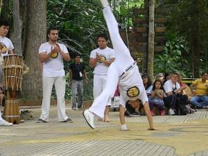 Eco Yoga Festival se realiazará de 8 a. m. a 6 p. m. en la plazoleta del Imcut. - Archivo / GENTE DE CAÑAVERAL