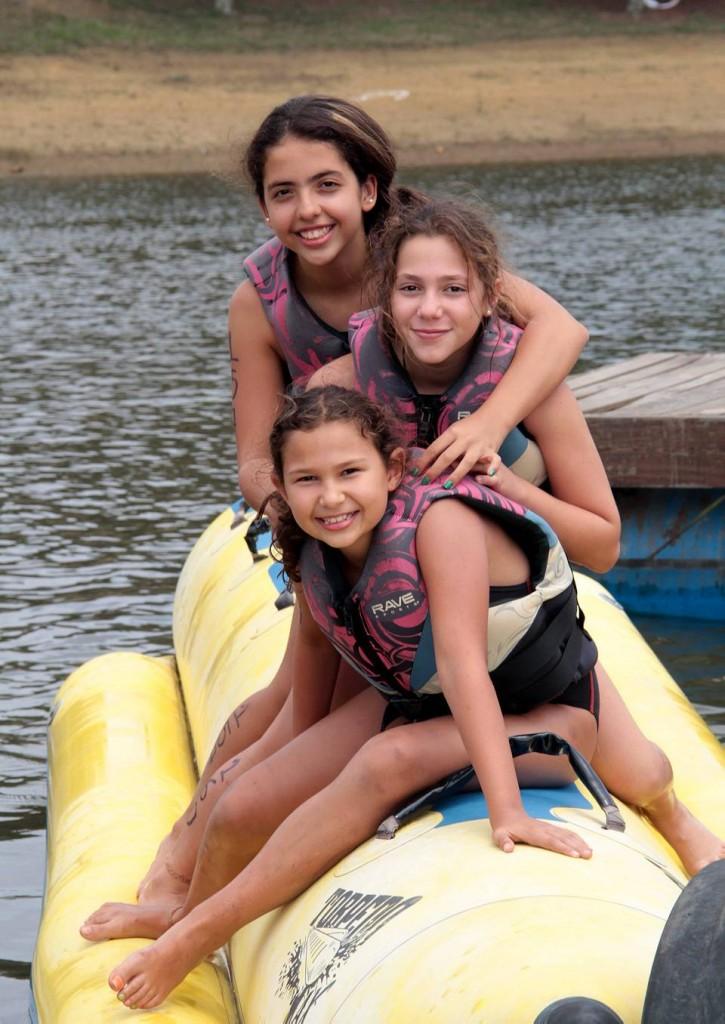 Gabriela González, María del Mar Abuchaibe y Manuela González.  - Javier Gutiérrez/GENTE DE CAÑAVERAL