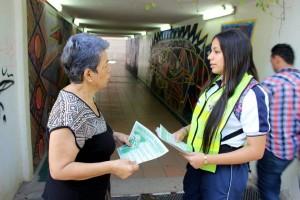 Los estudiantes informan a la comunidad sobre los riesgos de usar el transporte ilegal.  - Suministrada/ GENTE DE CAÑAVERAL