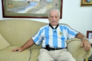 Américo Montanini tiene 82 años. En su trayectoria como futbolista marcó 679 goles como profesional.  - Laura Herrera / GENTE DE CAÑAVERAL