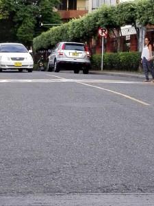 Algunos conductores no respetan la señales de tránsito y parquean en las vías.  - Suministrada/GENTE CAÑAVERAL
