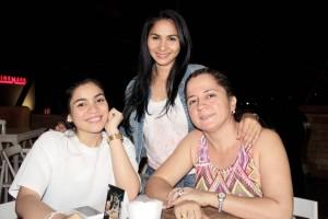 Fabián Hernández/GENTE DE CAÑAVERALLibia Niño, Luz Ortiz y Carmenza Vanegas.