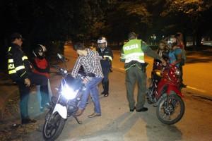 La Policía y los agentes de Tránsito continúan realizando operativos sobre el anillo vial y sancionando a los infractores.  - Suministrada/GENTE DE CAÑAVERAL