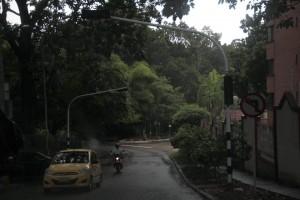 El semáforo de la carrera 25 con calle 42 se dañó por el fuerte aguacero pero ya funciona. - Javier Gutiérrez/ GENTE DE CAÑAVERAL