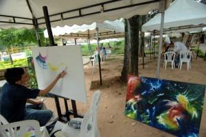 Los parques se convierten en los escenarios de los pintores de Floridablanca.  - Jaime del Río/GENTE CAÑAVERAL