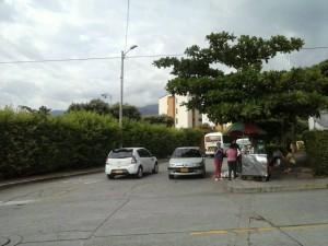 Algunos conductores dejan sus vehículo en la mitad de la vía.  - Suministrada Fernando Rojas /GENTE DE CAÑAVERAL