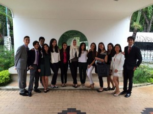 Los estudiantes del Cambridge viajaron a Cali para participar de este encuentro.   - Suministrada/GENTE DE CAÑAVERAL