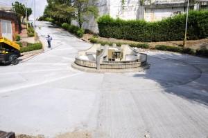 La vía entre Buganvilia y Altos de Cañaveral V Etapa estaba deteriorada y prácticamente intrasitable. Hoy tiene nueva cara.  - Archivo/GENTE DE CAÑAVERAL