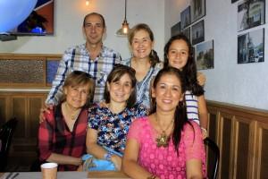 Édgar Gómez, Maya Gómez, Luz Fanny Gómez, Eliana Gómez, Liza María Vázquez y Patricia Gómez. - Fabián Hernández /GENTE DE CAÑAVERAL