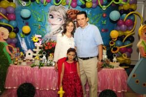 Alexia Alfonso, Manuela Gómez y Javier Mauricio Gómez.  - Didier Niño/GENTE DE CAÑAVERAL