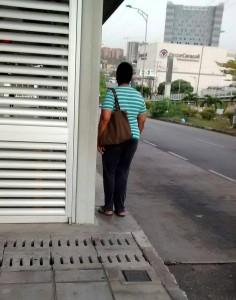 Algunos peatones aseguran que este paso es peligroso.  - Suministrada/GENTE DE CAÑAVERAL