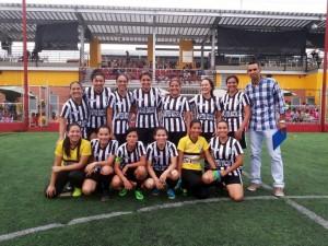 El equipo se llama United Soccer y está compuesto por mujeres de Cañaveral, Floridablanca y Piedecuesta.   - Suministrada /GENTE DE CAÑAVERAL