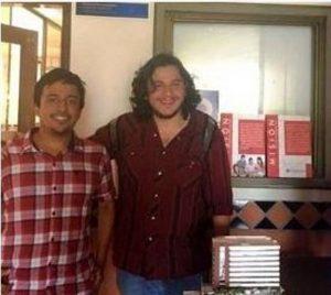 Fabián Bravo y Andrés Álvarez son los estudiantes de décimo semestre de la Universidad Santo Tomás, quienes participaron en el diseño de la Torre de Babel   - Suministrada/GENTE DE CAÑAVERAL