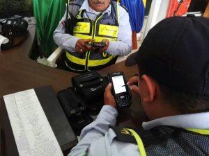 Los agentes de Tránsito se capacitaron en la utilización de este equipo electrónico.  - Suministrada/GENTE DE CAÑAVERAL
