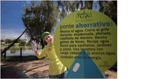 Finalizado el ciclo, los participantes reciben su manilla premio, que les permite hacer uso de todas y cada una de las atracciones del parque acuático Acualago. - Suministrada /GENTE DE CAÑAVERAL