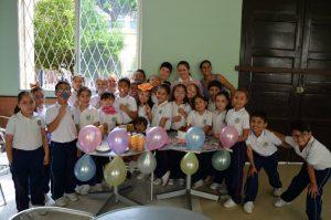 Suministrada /GENTE DE CAÑAVERAL Sofía Hernández Santos y sus amigos de segundo grado del colegio Santísima Trinidad.