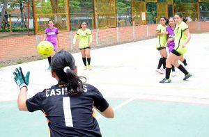 Hace tres meses comenzó el campeonato femenino que este fin de semana llega a su final.  - Archivo /GENTE DE CAÑAVERAL