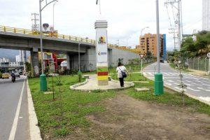 Actualmente la zona verde de la autopista y del intercambiador de El Bosque está despejada.   - Fabián Hernández/GENTE DE CAÑAVERAL