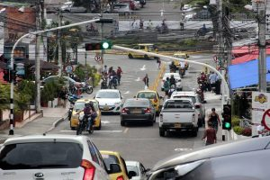 Pese a las peticiones de la comunidad, la carrera 26 de Cañaveral continuará de dos sentidos.  - Archivo /GENTE DE CAÑAVERAL